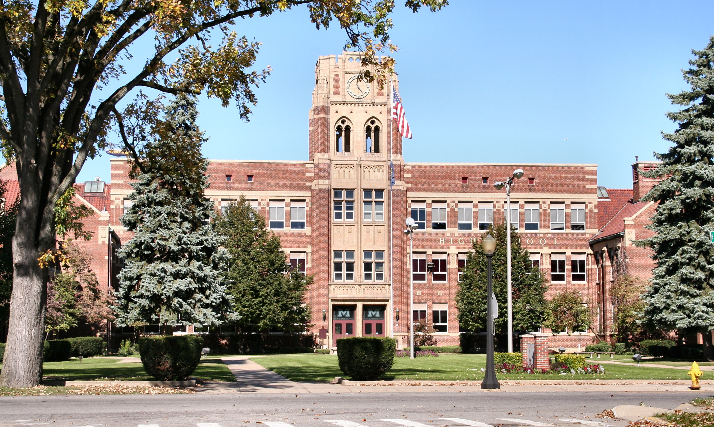 Mishawaka High School. Public Domain Photograph.